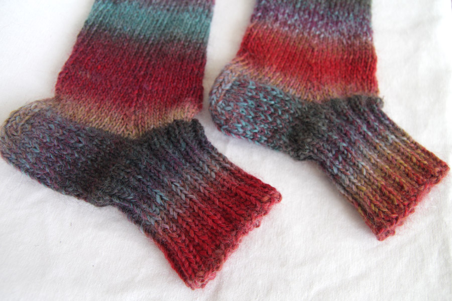 Knitted socks with Lincraft Splendour yarn Leikitty