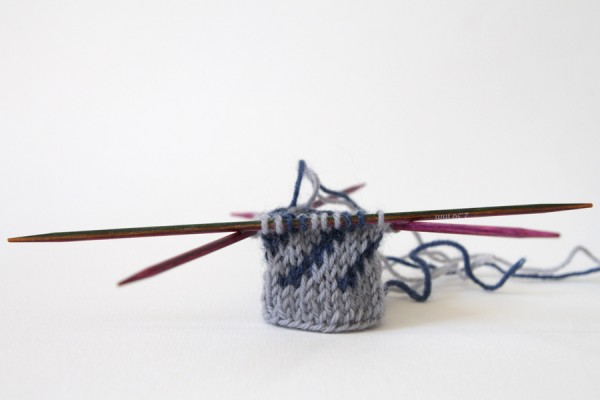 Learning how to do knit stranded colourwork