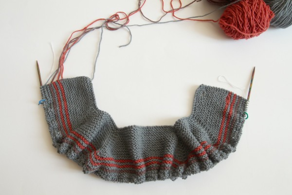 how to stop the jog in circular knitting