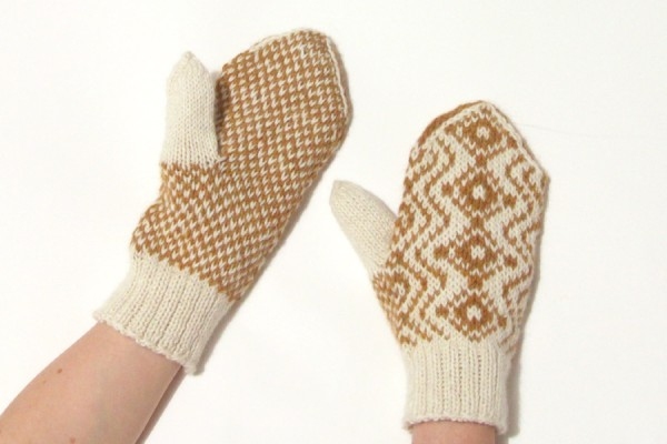 White and gold stranded knitting mittens